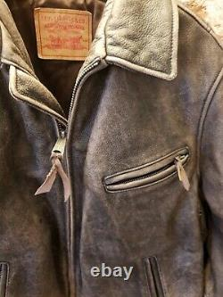 Levis fantastic vintage distressed leather bikers jacket 74847 ref desirable