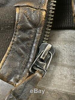 Mens Small Vtg Distressed Leather AVIREX Type A-2 Flight Bomber Aviator Jacket